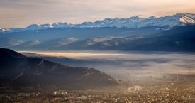 Grenoble sous la brume